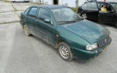 """Преузимање одузетих возила марке """"VW POLO"""" и """" OPEL VECTRA"""" у Козарској Дубици"""